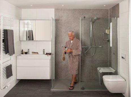 Een Veilige Badkamer : Molenaar badkamers 50plusbeurs